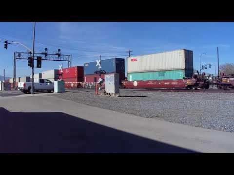 BNSF 6388 Eastbound Double Stack Intermodal Train - Corona ,CA 1/18/2018