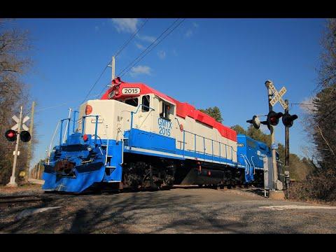 HiDef: RARE! Cape May Seashore Lines Light Engine Move Over Conrail!