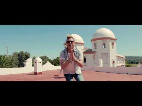 Miguel Saez - Rickyti feat  Hakim (Videoclip Oficial) #Carácterlatino