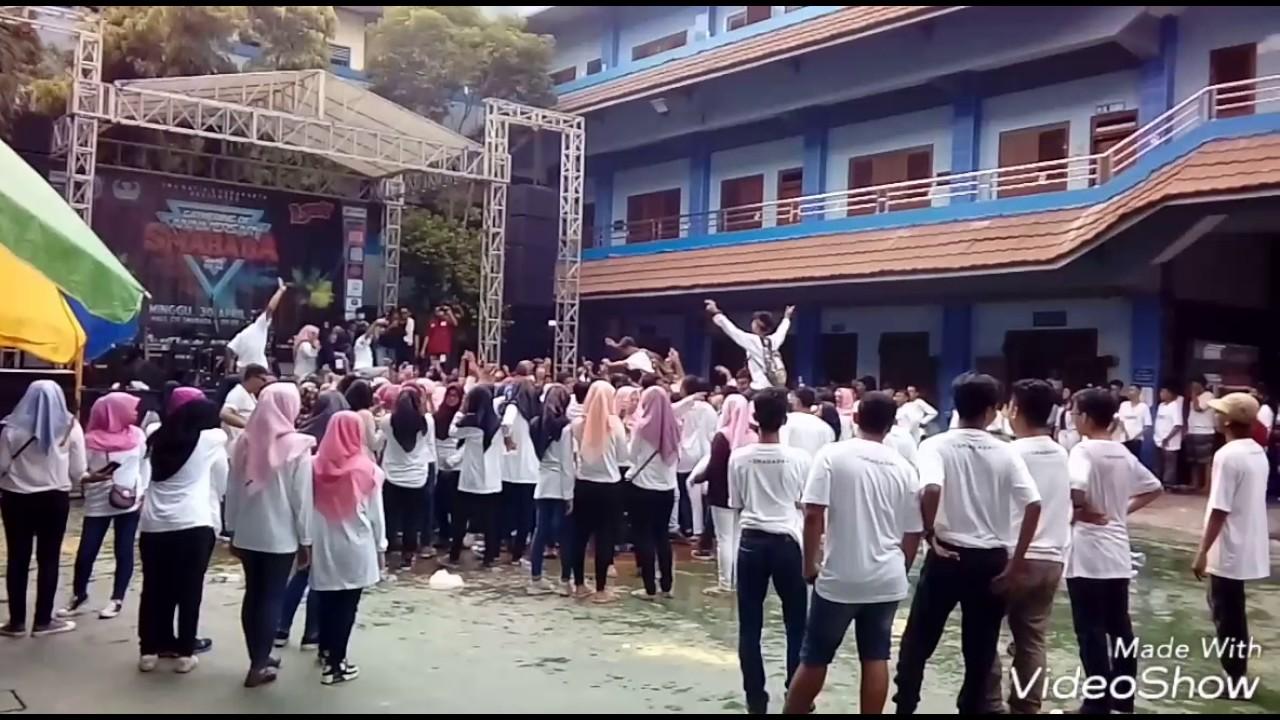 Gathering SMA Batik 2 Surakarta