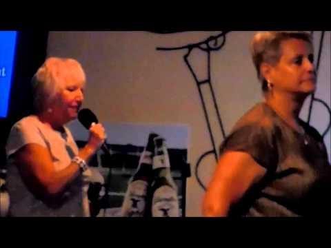 Florida Wingnuts Karaoke Night , Grumpy Gators, Homosassa Florida  8 22 2014
