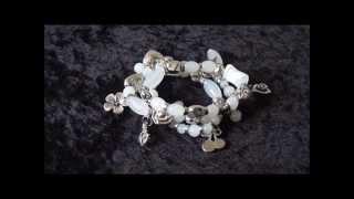 Mooie witte armband met bedels, 848A