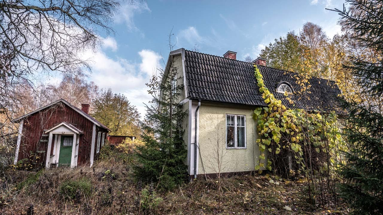 Download The most untouched abandoned HOUSE I've found in Sweden - EVERYTHING'S LEFT BEHIND!