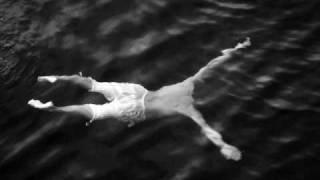 ♫ Swimming