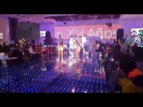 Baile Sorpresa - Laura Estefany - Desde Esa Noche Thalia Ft Maluma
