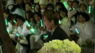 2012年12月24日 東京宝塚劇場雪組千秋楽、音月桂さんの出待ちです。