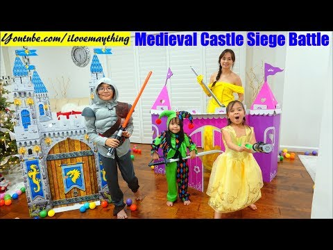 Family Toy Channel: Medieval CASTLE Playhouse Playtime! Disney Princess and Knights Pretend Play