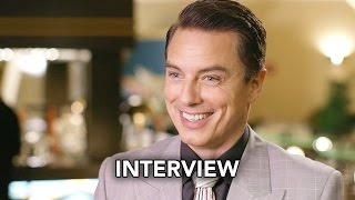 """The Flash 3x17 John Barrowman Interview """"Duet""""(HD) Musical Crossover with Supergirl"""