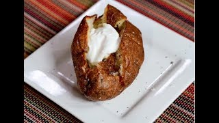 "Chef Jeff makes delicious ""English Jacket"" baked potatoes"