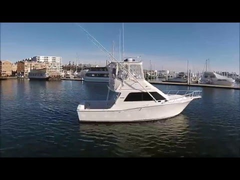 35 Cabo Flybridge 2001 For Sale - Complete Interior & Exteri