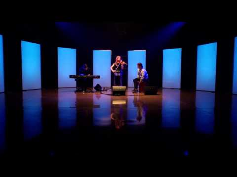 Pandora #ThumbMoments with Lindsey Stirling