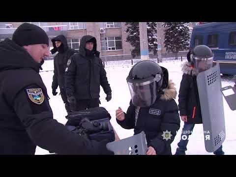 Поліція Луганщини: 07.01.2018_Діти Луганщини відзначили «Різдво з поліцейськими»