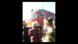 В Кропачёво люди снова встали на рельсы! Челябинская область!  Продолжение по ссылке!(, 2016-07-17T19:40:17.000Z)