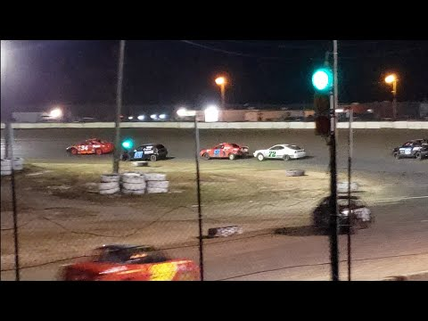FEATURE   #DIRTRACING #DIRTLIFE. - dirt track racing video image