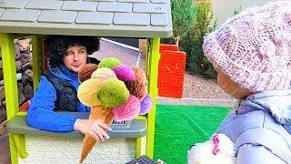 Download Алиса и папа играют в магазин мороженого для детей ! Mp3 and Videos