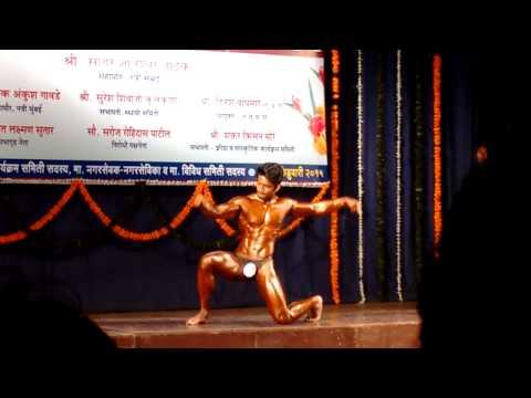 Mahapor shree vashi 2015 best poser winner is punes bodybuilder aakash awate