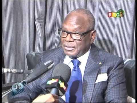www.guineesud.com - L'arrivée du président malien à Conakry:  RTG du 13 décembre 2015