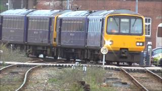 Trains at Exeter St Davids