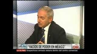 VACÍOS DE PODER EN MÉXICO. Edgardo Buscaglia con Carmen Aristegui (Nov. 5, 2013)