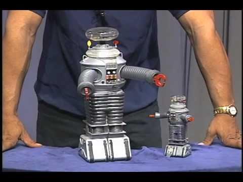 Fantastic Forum Cool Toys Segment - Lost inSpace Robots