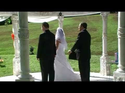 gazebo-weddings---stephanie-&-steven-north-georgia-wedding-ceremony-at-cavender-castle