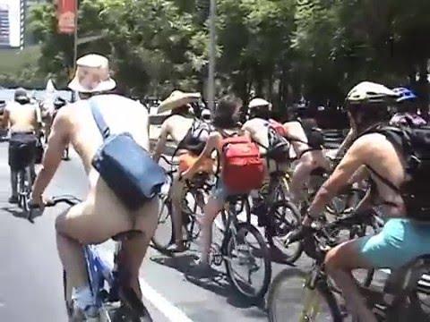 World Naked Bike Ride Mexico 2006