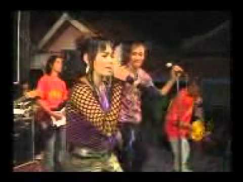 Dewi B j, GHANA musik