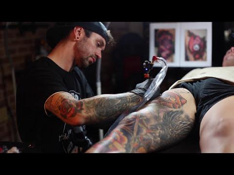 Sydney Tattoo Artist Goes Viral!
