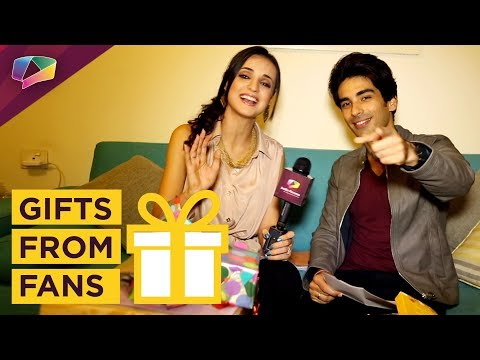 Sanaya Irani And Mohit Sehgal Receive Gifts From Their Fans | Exclusive | Gift Segment Part-01
