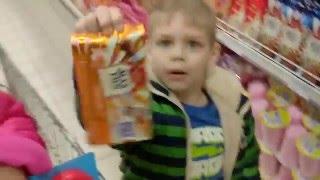 Покупки в магазине Спанч Боб ,Гитара,щенячий патруль Shopping in the store SpongeBob, puppy patrol