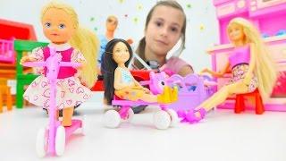 видео Игры для девочек и мультики про Барби и КЕН: подарок для Челси. Игры Барби для девочек на ютюб