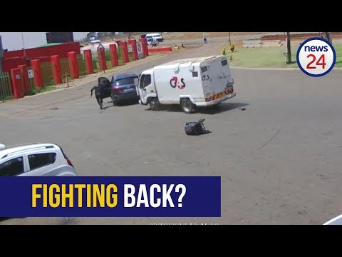 WATCH: Robbers 'rammed' with cash-in-transit vehicle