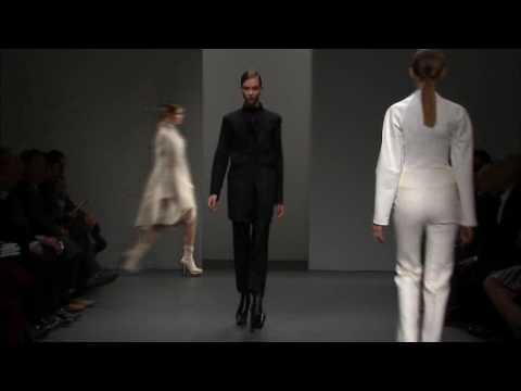Calvin Klein Collection Women's Fall 2010 Runway Show