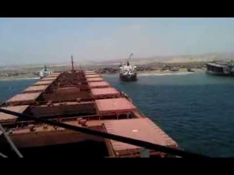 видео: Посадка судна на мель