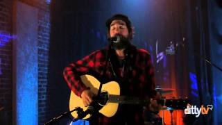 "Matt The Electrician performs ""It's A Beacon It's A Bell"" live at DittyTV"