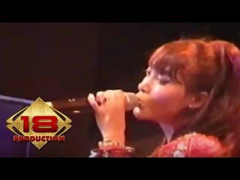 Vetty Vera - Mabuk Duit (Live Konser Kepanjen 14 Mei 2006)