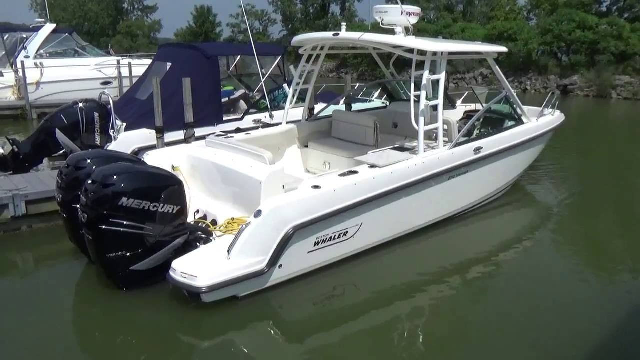 2016 Boston Whaler 270 Vantage, Used Dual Console for Sale in Sandusky,  Ohio @ Clemons Boats