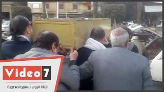 تشييع جثمان المخرج كامل القليوبى من مسجد عمرو بن العاص