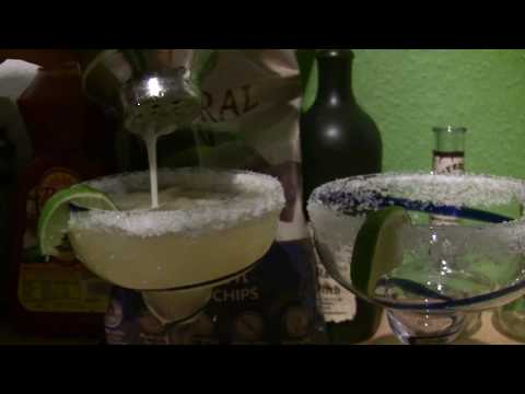 Mix Pour Enjoy Chili's Presidente Margarita How to Make President Margarita Cost What Ingredients