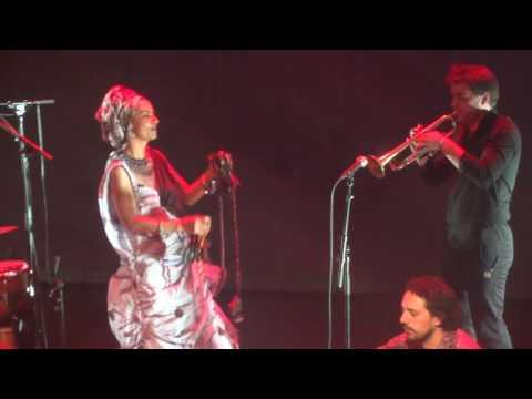 Oum - Taragalte (Live) - Concert Amsterdam