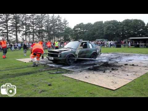 BMW e30 (V8) - Burnout i Tranum 2016 (video 13)