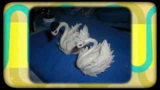 Лебедь своими руками. Мастер класс(Лебедь своими руками. Предлагаю вам посмотреть мастер-класс по лепке белых лебедей. Лепить их можно из..., 2014-07-23T10:46:29.000Z)