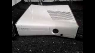Xbox 360 Slim 4GB Weiß Limited Special Edition
