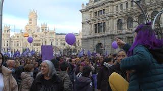 Las feministas salen a la calle de Madrid por la igualdad