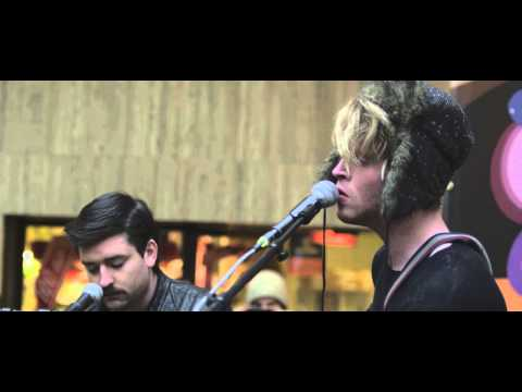 Kodaline- All I Want live@Central Station Brussels