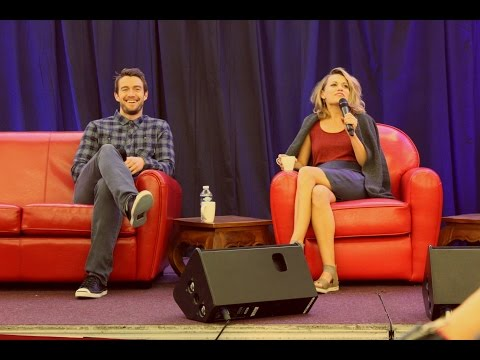 FWTP 3  Bethany Joy Lenz Singing 'Halo' during her Q&A