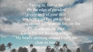Kait Weston & Katherine Hughes - Love me like you do (Lyrics)