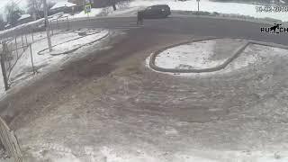 Смотреть видео ДТП Боялась переходить по пешеходному переходу и  всё равно снесли 😪 (ТиНАО, Новая Москва) онлайн