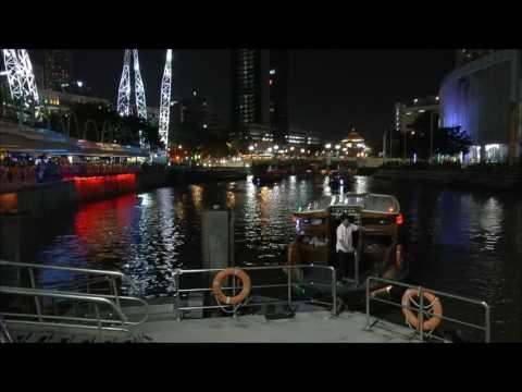 14 Singapore di notte Clarke Quay (Singapore - 2014)