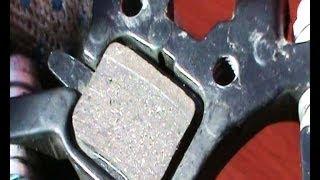 Спортивный велосипед замена тормозных колодок(Спортивный велосипед регулировка тормозных колодок. При эксплуатации велосипеда с дисковыми тормозами..., 2014-03-14T08:57:17.000Z)
